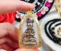 泰国古曼阿赞苏斌 招财古曼 圣物材质